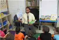 Guest readers add pep to Miller Avenue's PARP program photo
